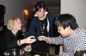 Gao Feng shares the art of making pu'er tea